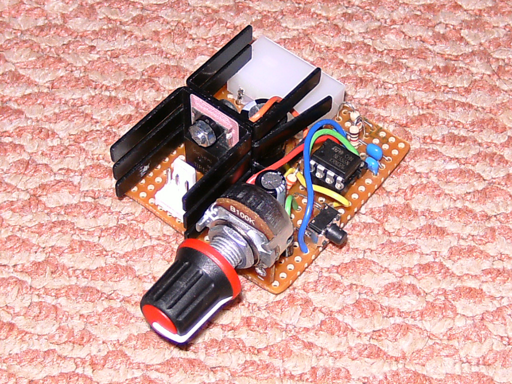 Pwm Fan Controllers Using The 555 Timer Ic Zaks Electronics Blog Dice Circuit Diagram And Counter Ics Controller V1 V2