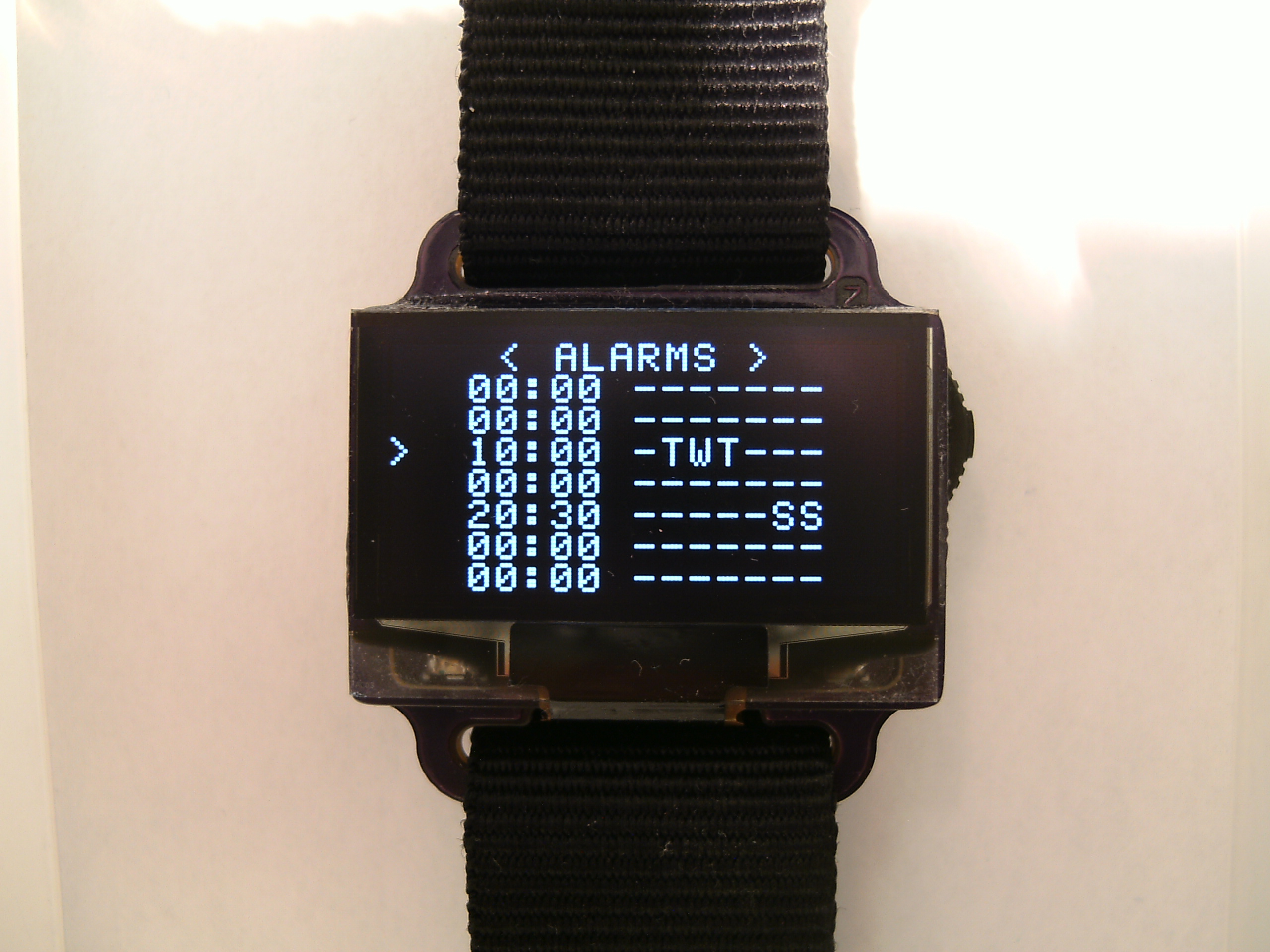 DIY Digital Wristwatch – Zak's Electronics Blog ~*